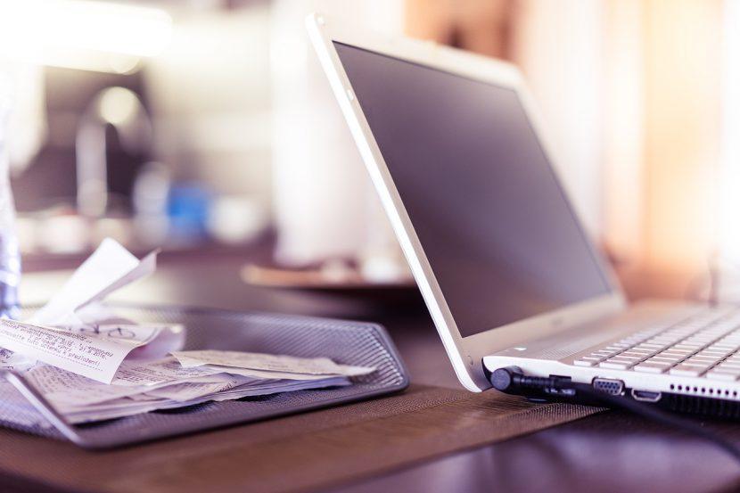 Szczególnie ważne w tym laptopie są dla nas różnorodne złącza, najnowsze podzespoły, a zarazem lekka i solidna konstrukcja